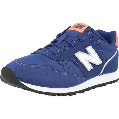 373 Junior childrens shoes